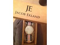 Ladies Jacob Ekland JE16 watch (rose gold/pink, white and blue)