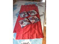 Eyelet curtains plus 4 matching cushions