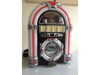 Steepletone mini jukebox CD player & am/fm radio