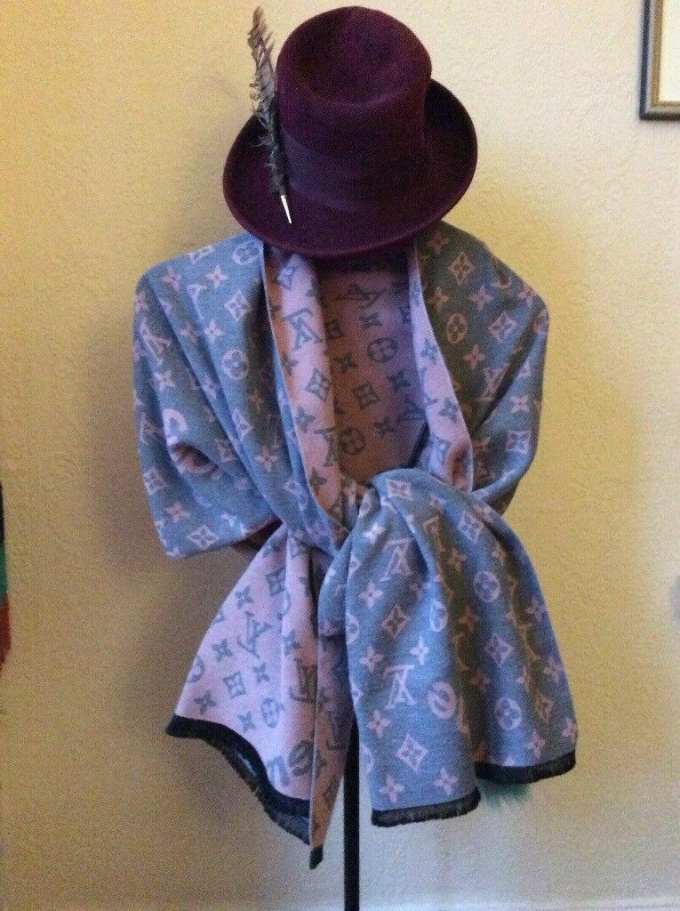 Louis Vuitton double sided large shawl /scarf (used but perfect)