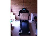 Reebok ZR10 treadmill, 2 HP motor, upto 18 kph, 15 levels incline. Rarely used, excellent condition