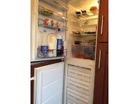 AEG Integrated fridge freezer