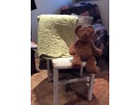 VINTAGE CHILDS WOODEN CHAIR