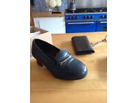 Ladies brand new extra roomy size 5.5 eeeee navy shoes