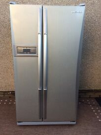 DAEWOO AMERICAN FRIDGE FREEZER iN SILVER could deliver as have hire van.