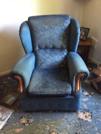 Very small 3 piece suite