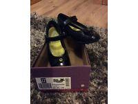 Clarke girls shoe size 11F