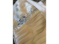 PROM,WEDDING,BRIDESMAID,PARTY,SPECIAL OCCATION, COCKTAIL DRESS,SIZE 8-10. Golden cream satin colour.