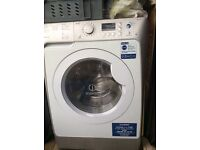 Indesit washer dryer with smart technology - ((Up to 8kg load)). Makes a noise. Dryer works.