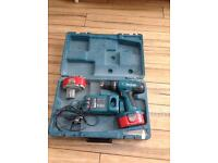 makita 18v cordless drill with case and charger