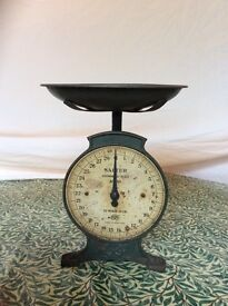 Vintage SALTER Household Scale.