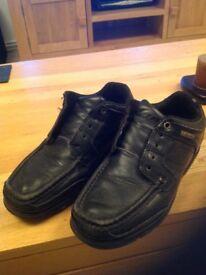 Kangol black child shoe size 3