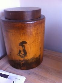 Oriental wooden rice container/caddy