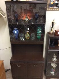 Wall cabinet unit