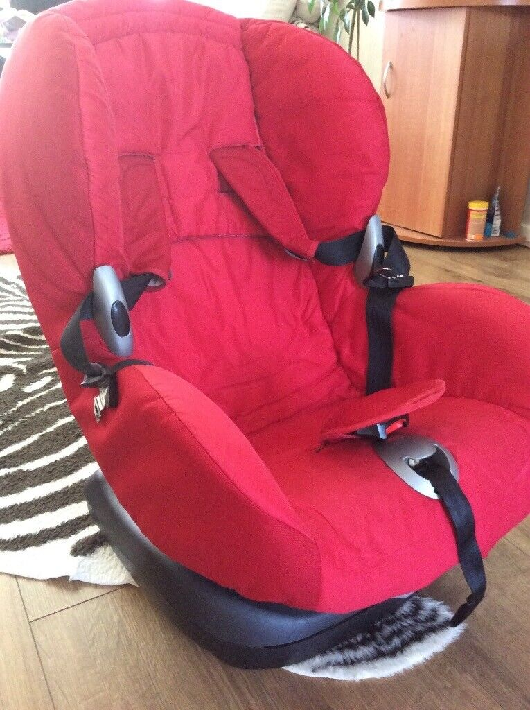 bf126166bc3 MAXI-COSI PROXI RED CAR SEAT Pre -owned