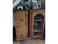 Display cabinet with cd/dvd storage, pine, wood