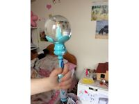 "Frozen snow globe wand, plays ""let it Go"""