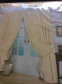 """Cream jacquard curtains with matching tie backs 66x72"""""""