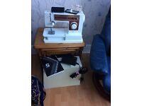 Singer sewing machine - model 6105