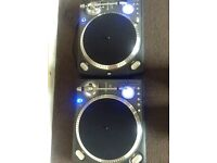 Pair of Numark TTX1 direct drive turntables