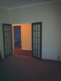 Great Size 4 Bed flat, Wellesley Road