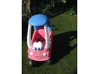 Girl's Little Tykes ride in car.Excellent condition