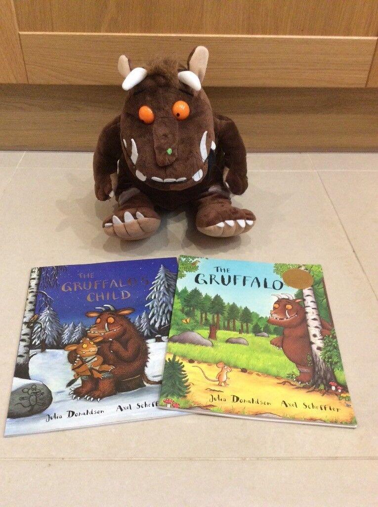 Gruffalo Large Plush Toy and Books