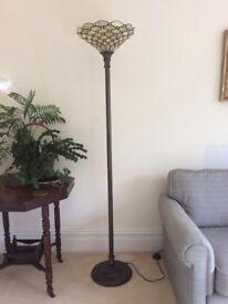 Pearl Tiffany Uplighter Floorlamp. As new.