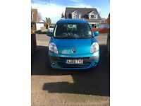 Renault Kangoo 2010 dci Expression 1.5 . Diesel . Tow bar . Roof bars Mot February 2018