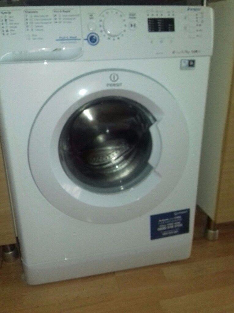 Indesit XWA 71451 washing machine