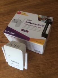 Netgear WiFi extender in box great item immaculate cost £80 sell for £25