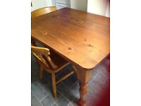 Solid kitchen table and chairs