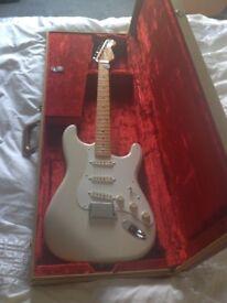 Fender AVRI 57 Strat in vintage blonde,ash body.