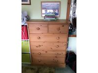 Lovely solid pine chest of drawers, with optional free standing mirror.