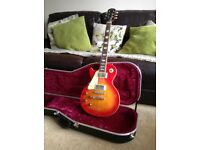 left handed Epiphone Gibson Les Paul with hard case