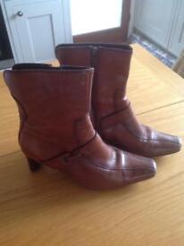 Ladies heels boots dark tan size 5