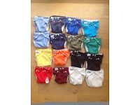 16 Fuzzi Bunz Nappies - medium, all in as new condition