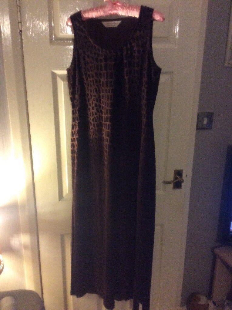 Lovely maxi maternity dress size 14