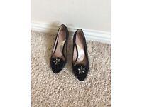 Coast black shoes size 4