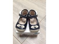 Clarks Girls First Shoes Size 4f