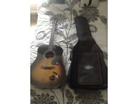 Epiphone DR-100VS Sunburst with world tour case, fender tuner and capo