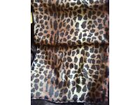 Attractive leopardskin pattern scarf, with tags