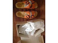 Orange foot beds New with box Size7