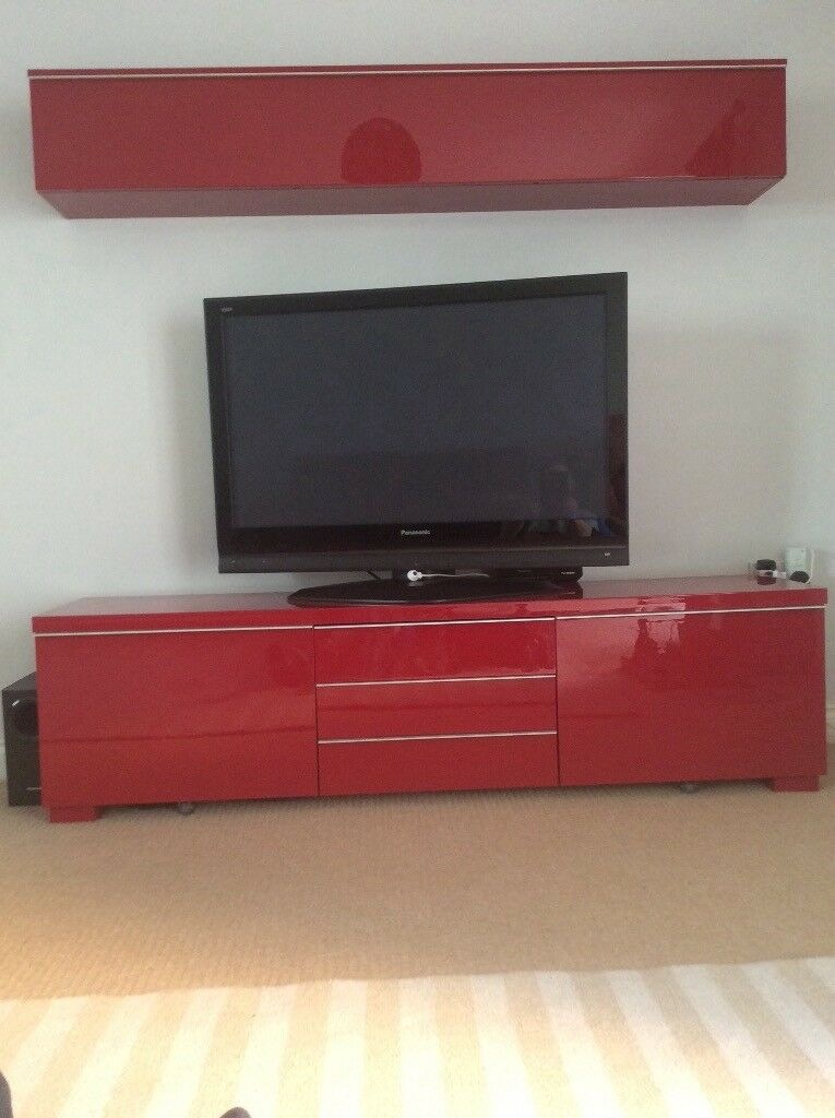 ikea tv stand and wall mounted cabinet in chudleigh devon gumtree. Black Bedroom Furniture Sets. Home Design Ideas