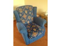 Handmade, Italian design patterned, 3-piece suite, featuring a recliner chair and a 3-seater sofa