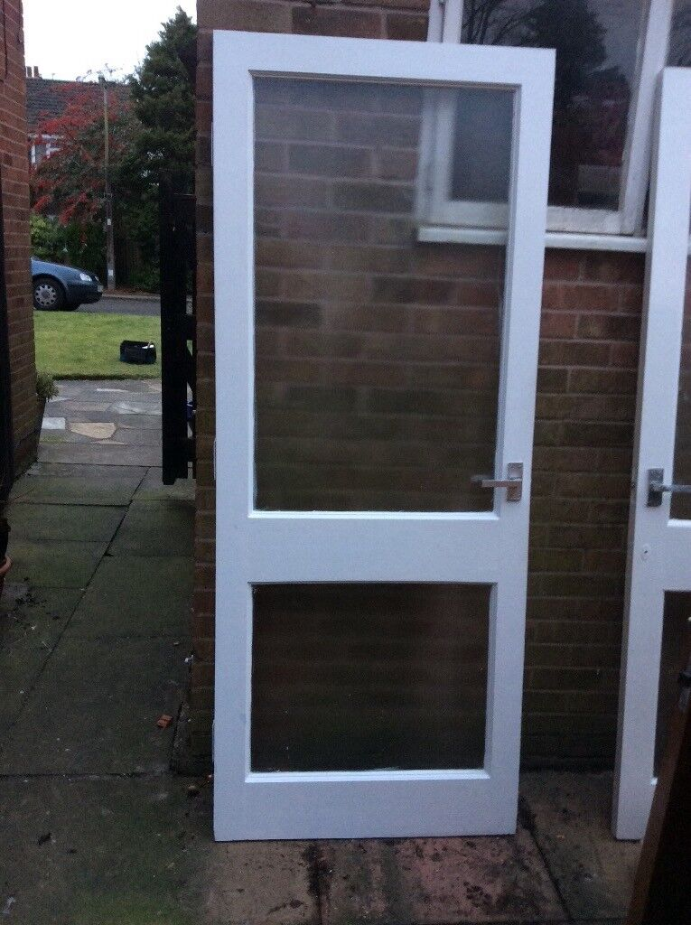 4 interior doors 2x white painted with frosted glass (heavy wood ...