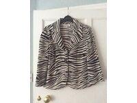 Linen jacket, animal print size 12/14