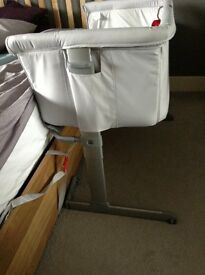 Chicco Next 2 Me Cot - Fabulous & Like New