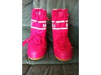 Pink Moon Boots size 12.5 - 1.5 (31 -34)