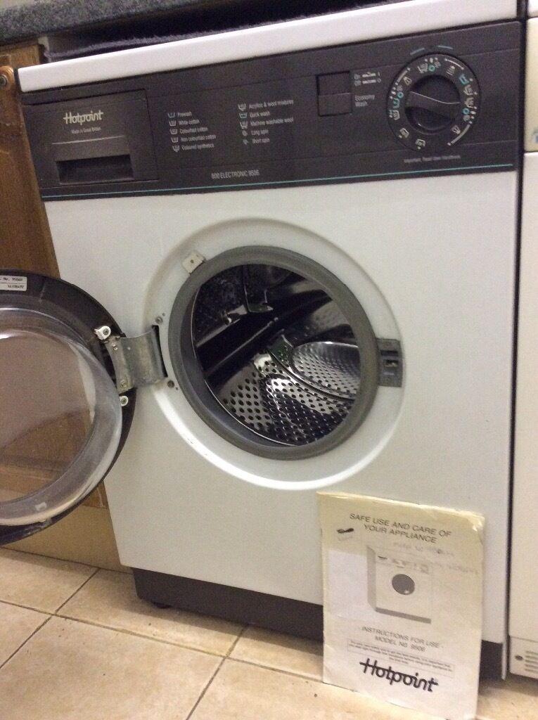 Hotpoint 800 Electronic Washing Machine In Burton